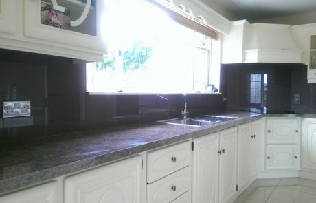 Violet Glass Splashback